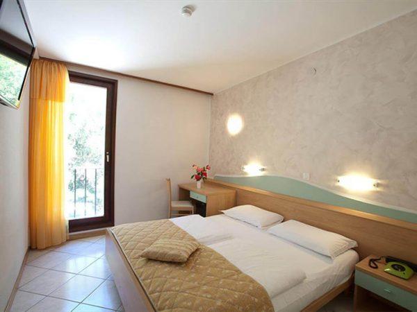 Room 1 1 Standard City side hotel narcis standard room 1