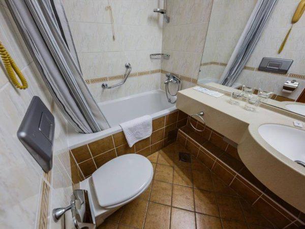 Room 1 21 Standard Sea side Balcony standard more3 7