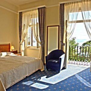 Room 1 21 Standard Sea view 19891822 9891824