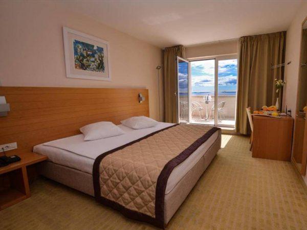 Room 1 21 Superior Park wood view Balcony superior balkon 5
