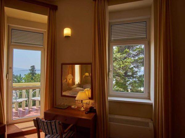 Room 1 22 Standard Sea side nn 2