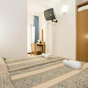 Room 1 2 Double Park wood side Balcony dvo 29