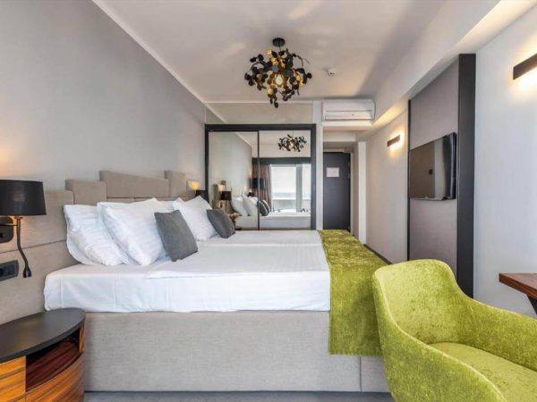 Room 1 2 Premium Sea view Balcony twin 30