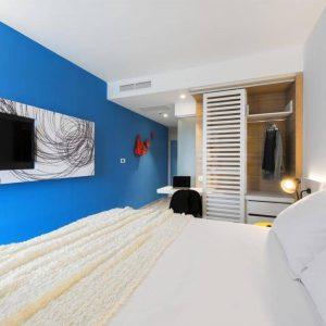 Room 1 2 Standard Park wood side 71190777 1190778