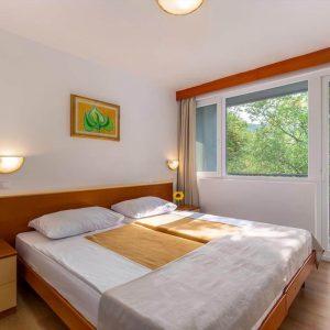 Room 1 2 Standard Sea side Balcony standard 4804