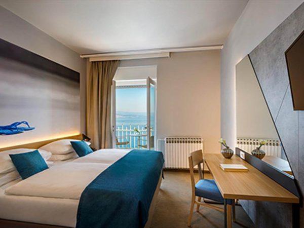 Room 1 2 Standard Sea view standard more 44
