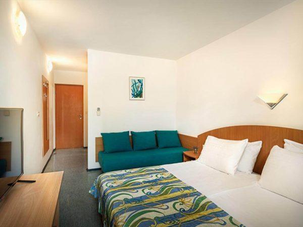 Room 1 3 Standard Park wood side French balcony sahara hotel standard triple room new 04