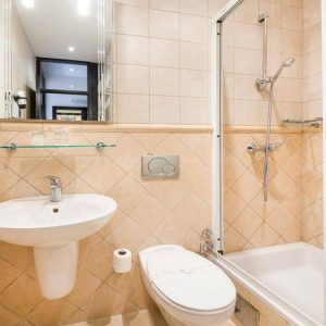 bathroom 515